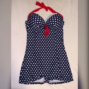 Retro/Vintage 1-piece Polka Dot Swimsuit